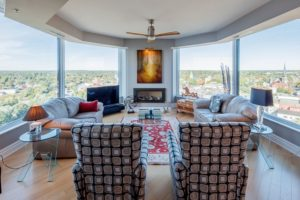 topsl living room